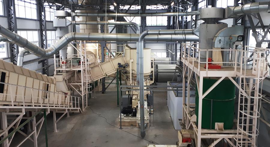 Завод по производству люцерны